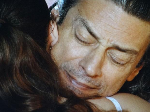 Donato e Marizé se entendem (Foto: Flor do Caribe / TV Globo)
