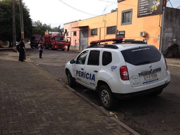 Explosão foi em empresa de segurança em São Leopoldo (RS) (Foto: Grégori Bertó/RBS TV)