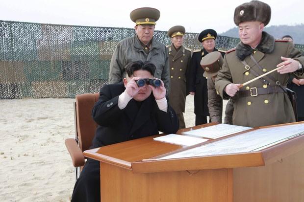Kim Jong-un ameaçou com bomba atômica após novas sanções da ONU (Foto: KCNA/Reuters)