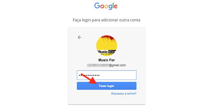 Realizando login em uma segunda conta do Google Drive pelo navegador web (Foto: Reprodução/Marvin Costa)