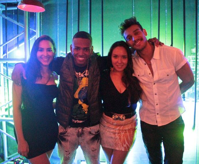 Victória, Nego do Borel, Mayara e Lucas Lucco gravam clipe de Malhação (Foto: Bel Bonotto/Gshow)