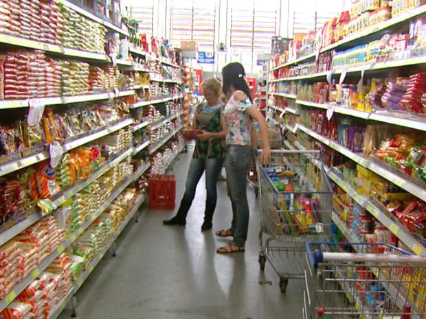 Hábito dos consumidores mudou (Foto: Eder Ribeiro/EPTV)
