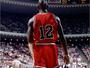 Camisa usada em apenas um jogo por Michael Jordan é colocada à venda