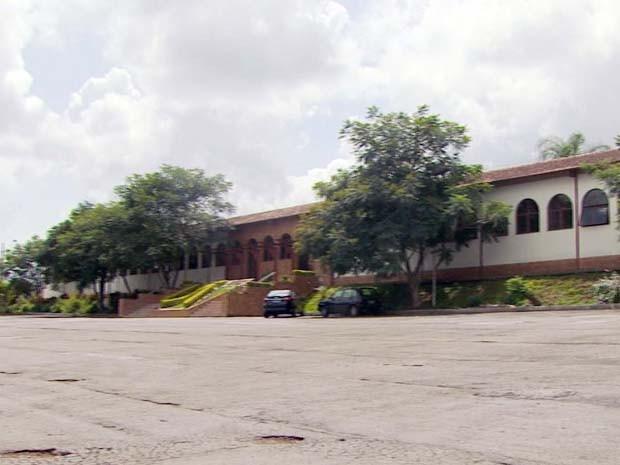 Projeto de lei quer que área cedida à Unifenas retorne para administração em Poços de Caldas (Foto: Reprodução EPTV)