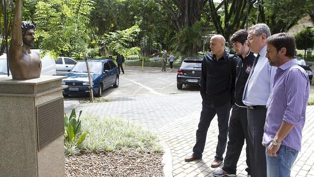 Alexandre Pato Corinthians visita Parque São Jorge (Foto: Daniel Augusto Jr./ Agência Corinthians)