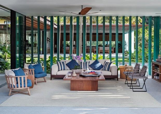 Casa em Paraty usa arquitetura para tirar o melhor proveito da natureza