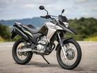 Honda XRE 300 2017 custa a partir de R$ 16.190 e muda grafismos