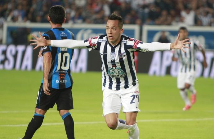 Rodrigo Salinas Pachuca 2 x 0 Querétaro Mexicano (Foto: EFE)