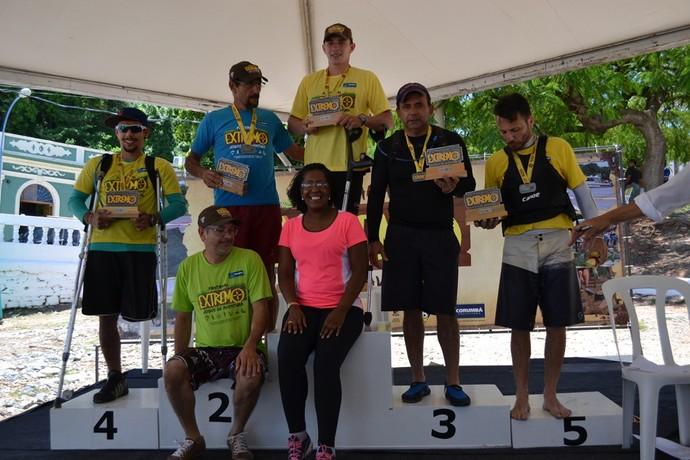 Campeões da canoagem categoria K1 master (Foto: Hélder Rafael)