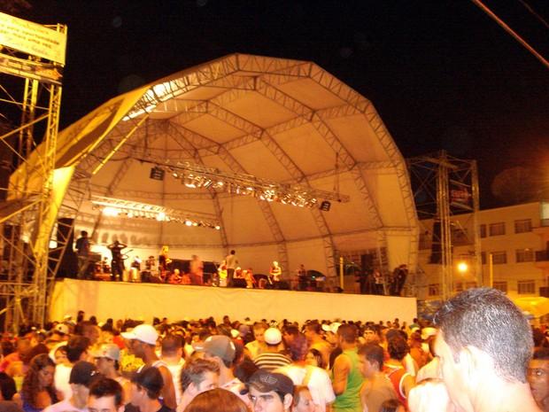 Turistas lotam a cidade de Lambari durante Carnaval 2015 (Foto: Joseane Astéreo / Prefeitura de Lambari)