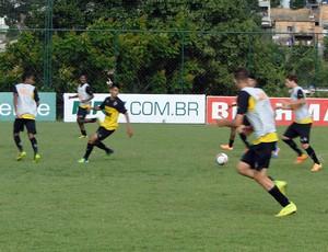 Treino dos juniores do Atlético-MG (Foto: Fernando Martins)