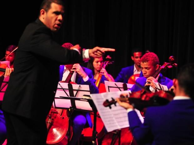 Orquestra Criança Cidadã faz primeiro concerto com grupo de flauta doce (Foto: Leandro Lima/ Divulgação)