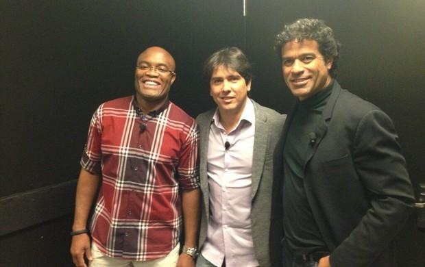 Anderson Silva, Cacá Bueno e Raí posam para foto em Las vegas (Foto: Divulgação / Twitter)