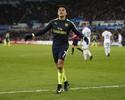 Arsenal goleia Swansea, e Sánchez empata com Diego Costa na artilharia