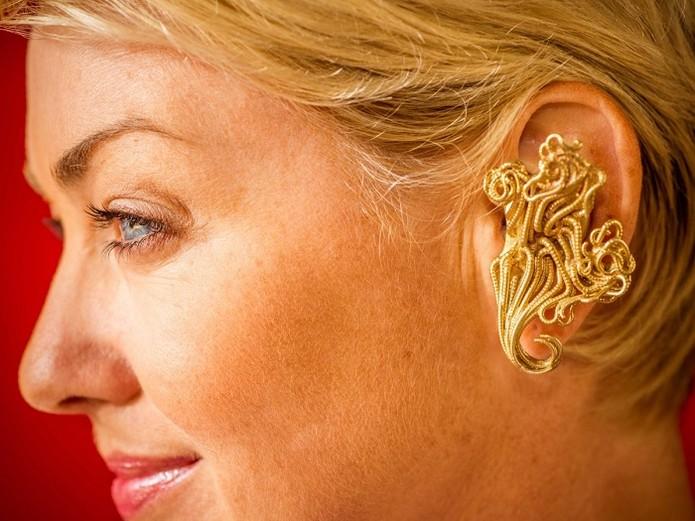 No modelo Jewelry Collection pode ser adicionado até ouro (Foto: Reprodução/OwnPhones) (Foto: No modelo Jewelry Collection pode ser adicionado até ouro (Foto: Reprodução/OwnPhones))