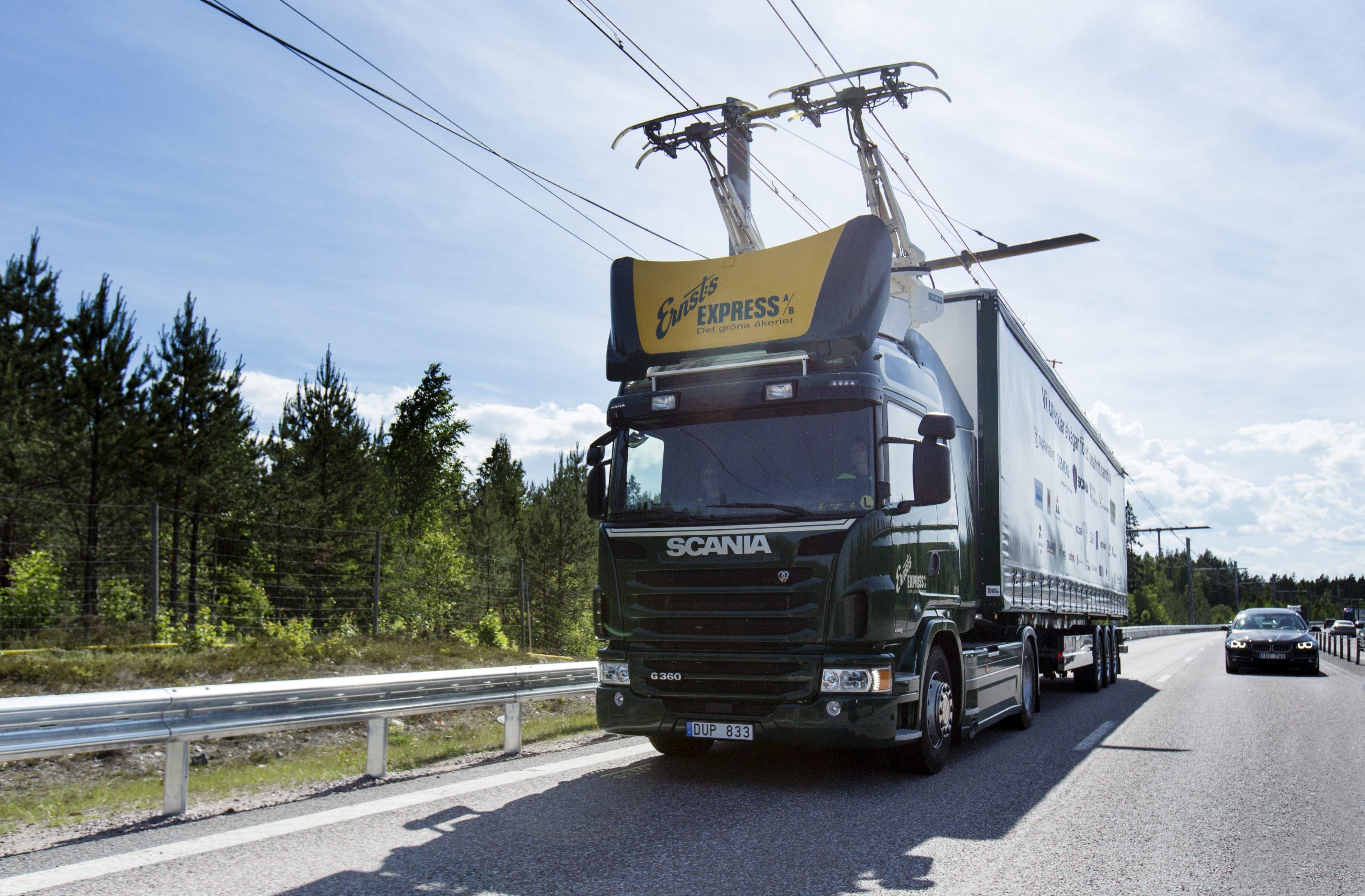 A primeira rodovia eletrificada do mundo foi planejada na cidade sueca de Gävle (Foto: Divulgação/Scania)