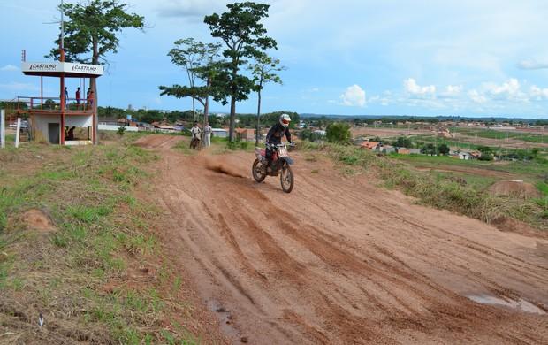 Marcos Mayer piloto de motocross de Rondônia (Foto: Magda Oliveira)