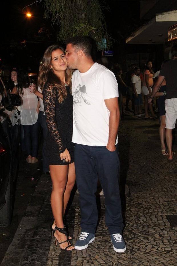 Ronaldo with sexy, Fiancée Paula Morais