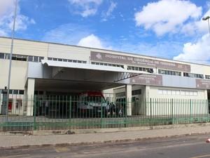 Hospital de Urgência de Teresina no bairro Redenção, Zona Sul da capital (Foto: Gil Oliveira/ G1)