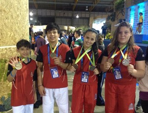 Judocas Mogi das Cruzes Jogos Escolares da Juventude 2014 (Foto: Divulgação / Yoshiu Kimura)
