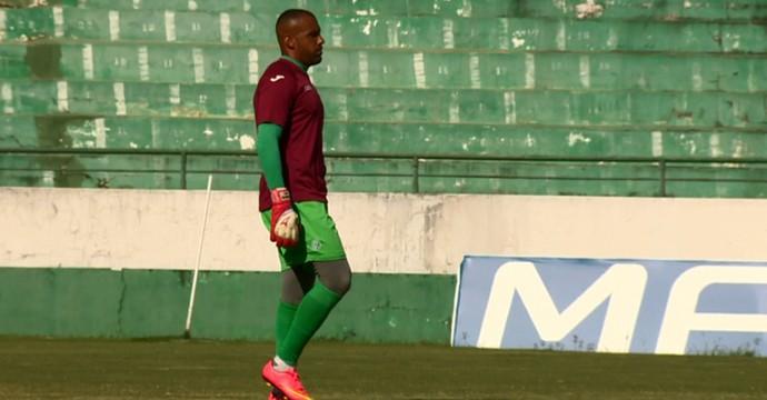 Luis Henrique goleiro Guarani (Foto: Márcio de Campos / EPTV)