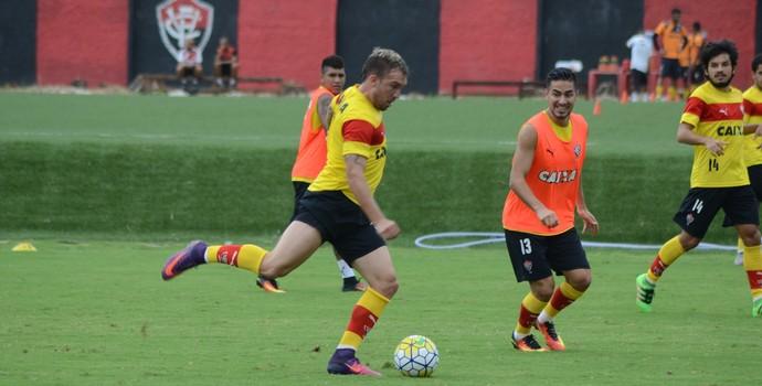 Willian Farias, treino do Vitória (Foto: Francisco Galvão / Divulgação / EC Vitória)