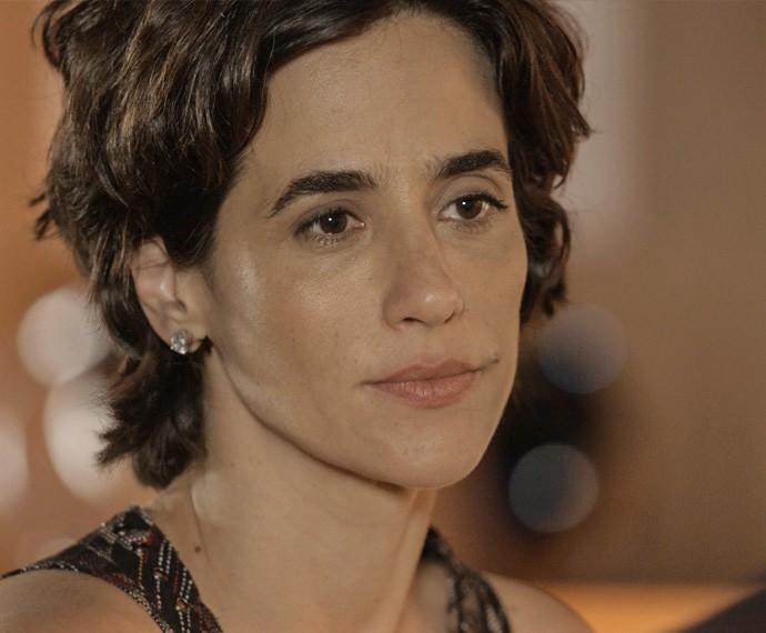 Isabel tem papo sincero com Luís (Foto: TV Globo)