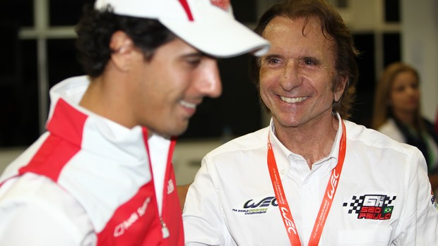 Emerson Fittipaldi cumprimenta Lucas di Grassi pelo desempenho em Interlagos no Mundial de Endurance WEC (Foto: Divulga&#231;&#227;o)