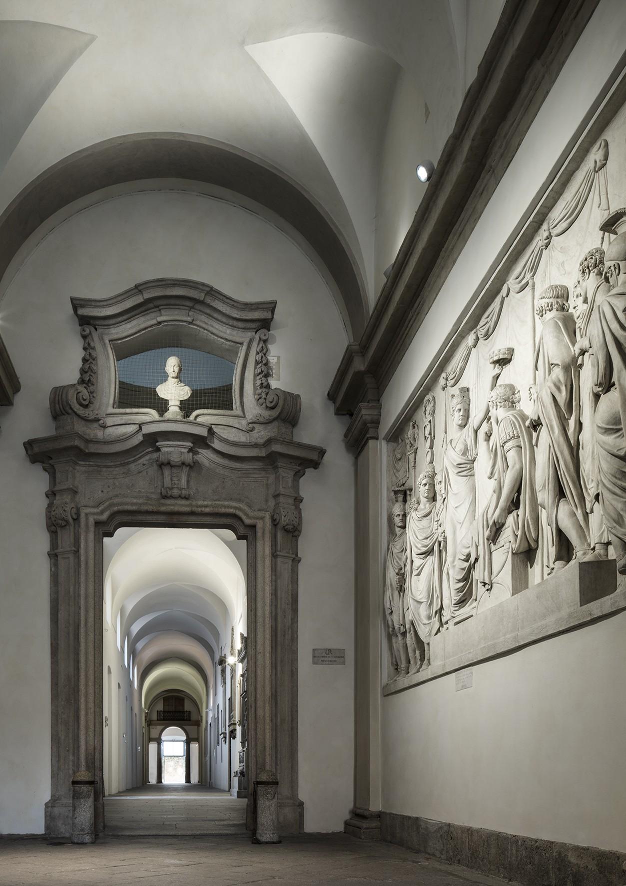 Bottega Veneta escolhe a Academia de Belas Artes de Brera em Milão para desfile histórico (Foto: Divulgação)