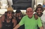 Renato Aragão recebe Nego do Borel em casa e se diverte ao ser chamado de 'Dedé'