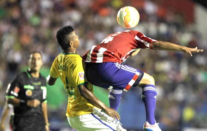 Brasil X Paraguai Sub-17 (Foto: Agência EFE)