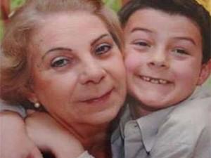 Menino Bernardo Boldrini com a avó, Jussara Uglione (Foto: Reprodução/Facebook)