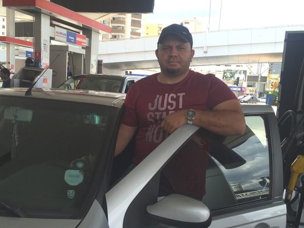 Luiz Carlos afirma que não acredita que verá desconto da gasolina nas bombas Goiânia Goiás (Foto: Vanessa Martins/G1)