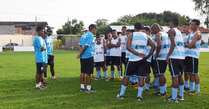 Sparta apresenta elenco na tarde desta segunda-feira (02) (Foto: Abdon Barbosa/Divulgação)