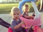 Jessica Simpson posta foto dos filhos em passeio