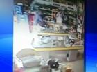Câmera flagra a ação de ladrões em supermercado de Marília; veja o vídeo