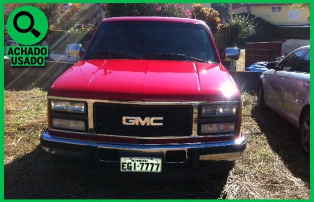 GMC Sierra 1993 com seis rodas (Foto: Reprodução)