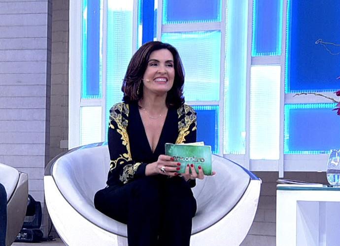 Fátima relembra como começou a namorar William (Foto: TV Globo)
