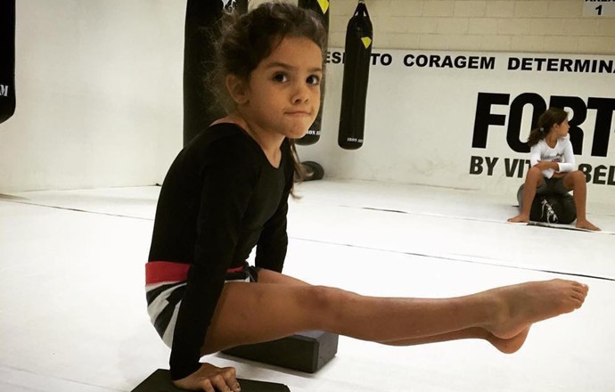EuAtleta - atividade física criança coluna deborah (Foto: Deborah Povoleri)