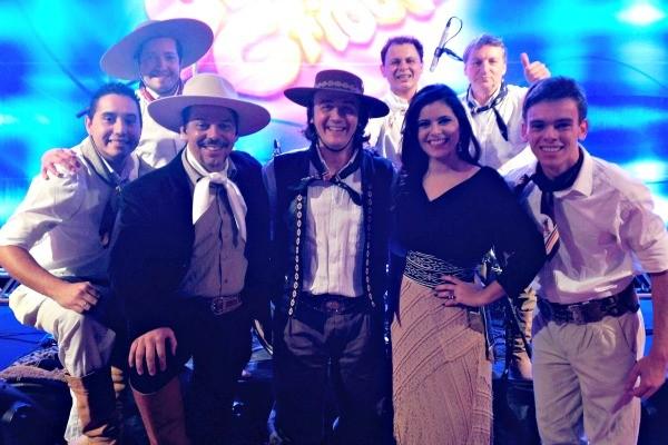 Galpão Crioulo na Festa Nacional do Peixe, em Tramandaí (Foto: Fernando Alencastro/RBS TV)