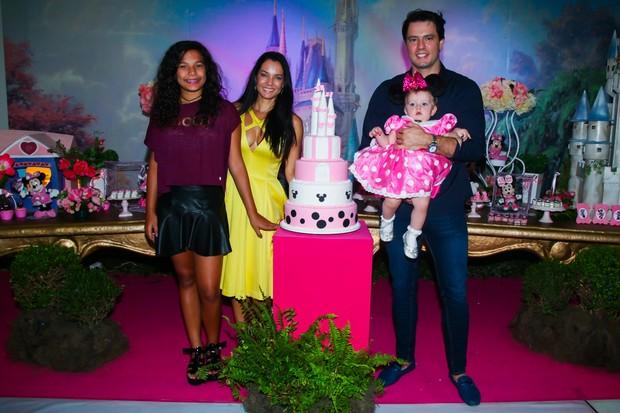 Monica Carvalho em festa de aniversário da filha (Foto: Manuela Scarpa/Brazil News)