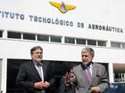 Amorim diz que Brasil retomará projeto de lançar satélites 'em breve'