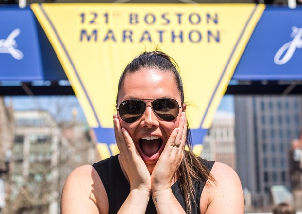 Candice Huffine na Maratona de Boston (Foto: Instagram/Reprodução)