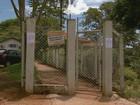 Ladrões invadem posto de saúde e ameaçam funcionários em Ribeirão