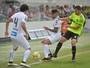 Sem uniforme dois, time do Coritiba usa camisa de goleiro contra o Santos