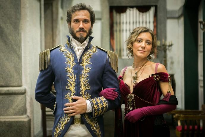 Avilez e Dulcina serão casados em 'Novo Mundo'; os personagens são interpretados por Paulo Rocha e Joana Solnado (Foto: Globo/ Raquel Cunha)