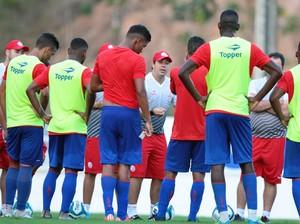 Náutico treino (Foto: Marlon Costa/ Pernambuco Press)