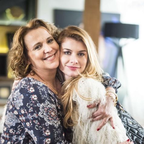 Ana Beatriz Nogueira e Alinne Moraes (Foto: Maurício Fidalgo/ TV Globo)