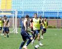 Sem Marquinhos, Kleina relaciona 21 atletas para jogo com a Chapecoense