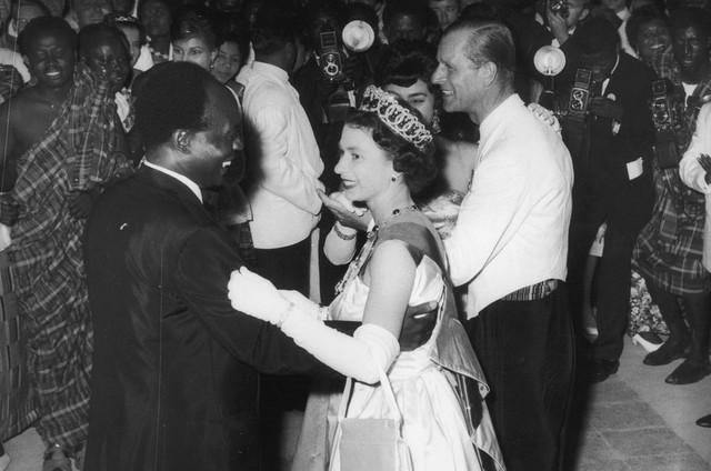Rainha Elizabeth em Gana (Foto: Reprodução)